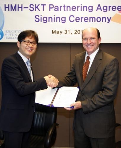 SKT-HMH, 글로벌 스마트 교육 시장 공략